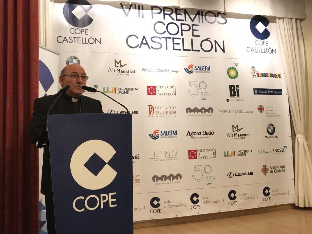 Bisbe Pont premios COPE Obispo