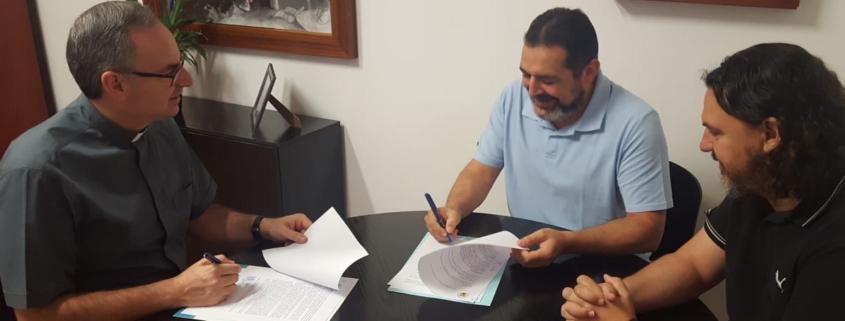 convenio con la Fundación Amigó